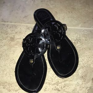 Tory Burch Miller 10.5 black